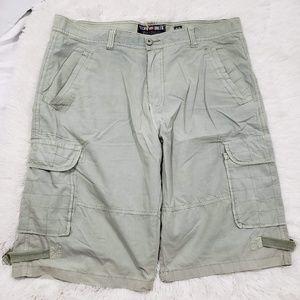 Ecko UNLTD cargo shorts size 36